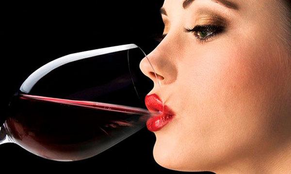 Алкоголь и гормональные препараты — можно ли пить одновременно